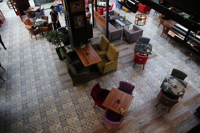 - David People Cafe    Betas