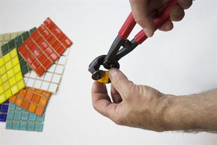 How to cut glass mosaic? | Betas